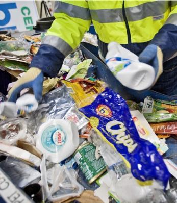 Moins de la moitié des restaurants du Québec recyclent