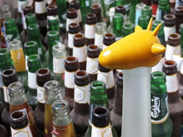 Des bouteilles vides deviennent des girafes et d'autres animaux…
